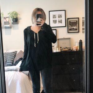 Black Brandy Melville comfy hoodie!